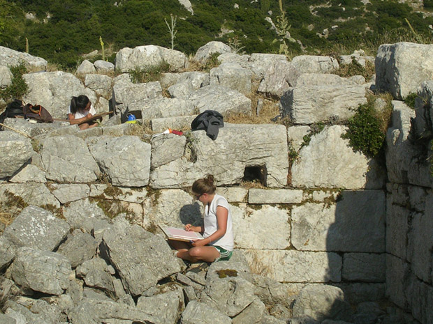 Fig. 9: Architects Jenny Hong and Sarah Beth McKay documenting blocks at the Bath House.